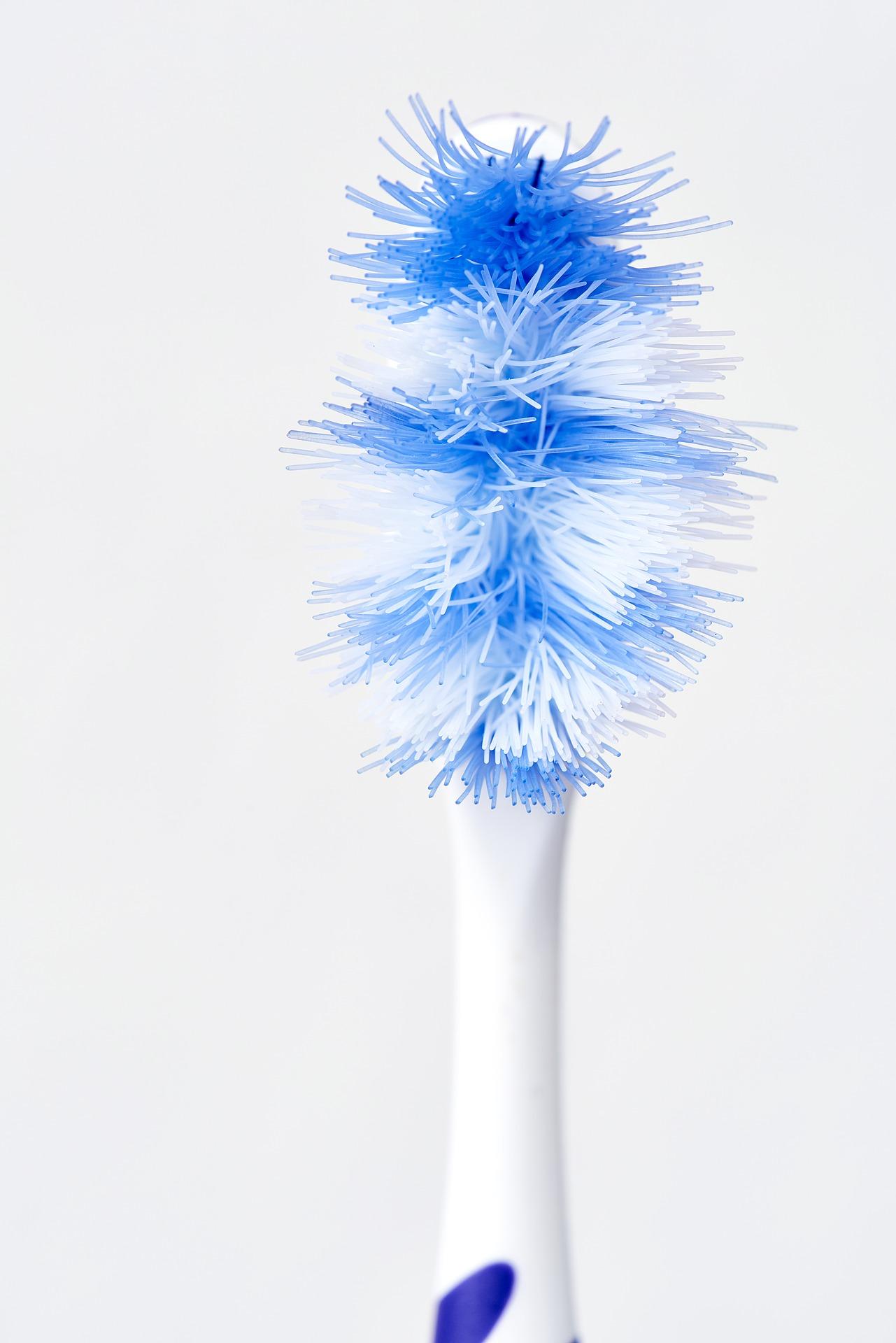 ¿Cuándo debo cambiar mi cepillo de dientes?